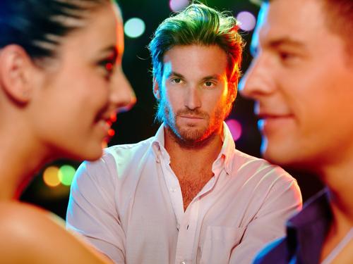 Как вызвать ревность у мужчины