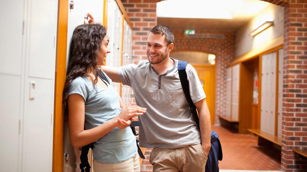 Как предложить парню встречаться: классические и необычные способы