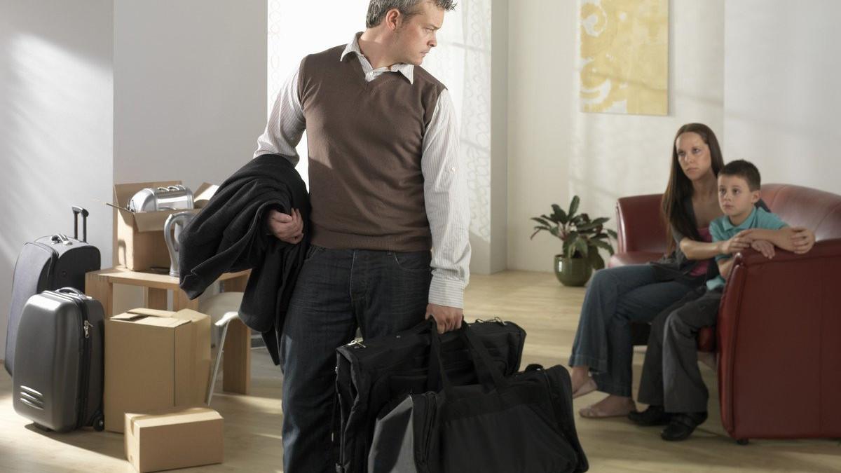 Зачем же мужья уходят если потом возвращаются